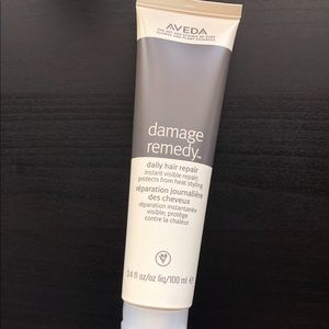 NEW Aveda Damage Remedy Daily Hair Repair